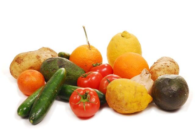 トマトやズッキーニなどの野菜